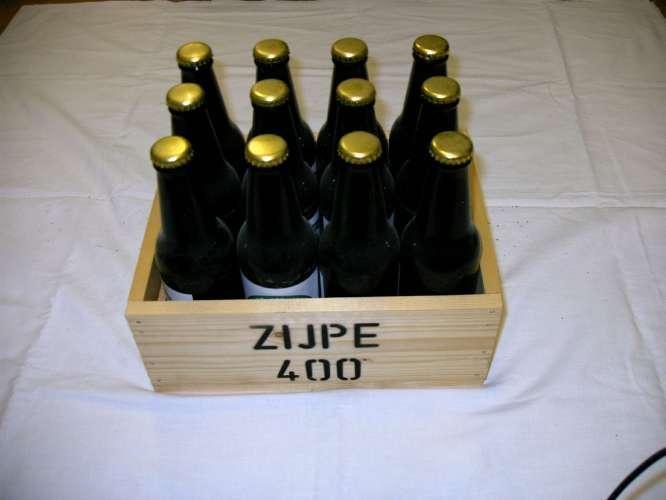 Bier voor 400 jaar Zijpe.