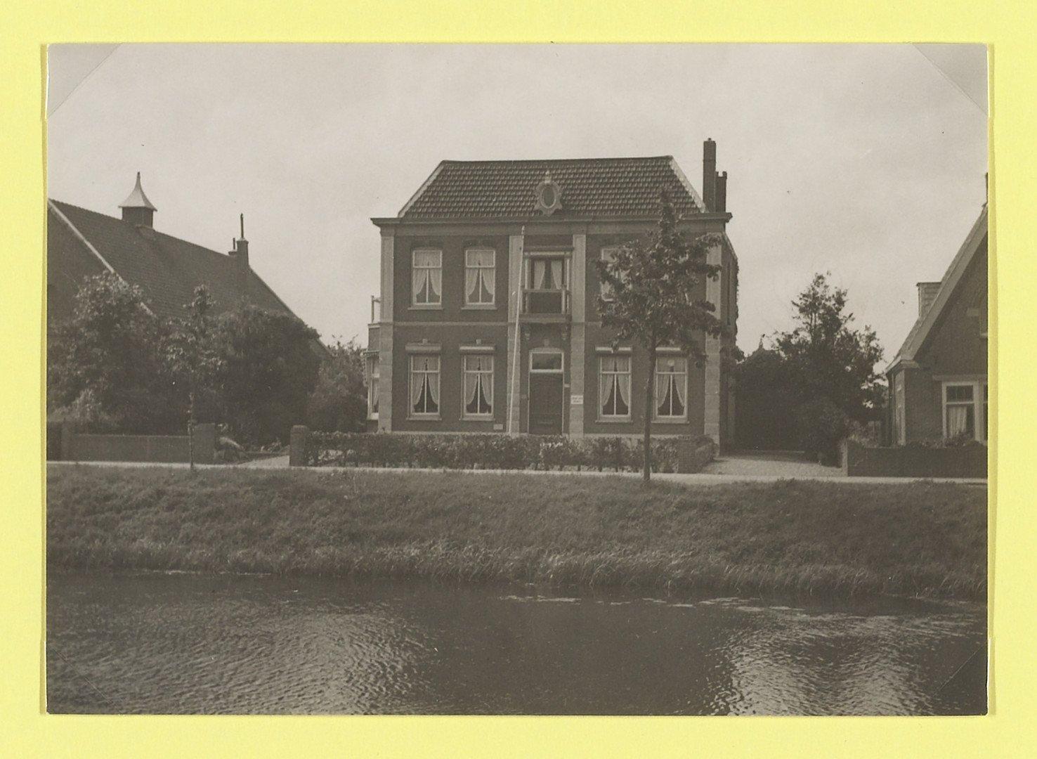 Oneindig noord holland notariswoning hoofddorp herinnert aan tijd