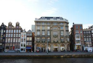 Maison de Bonneterie: van warenhuis-pionier tot Hofleverancier