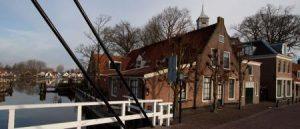 Historische bakkerij in beschermd dorpsgezicht Ouderkerk