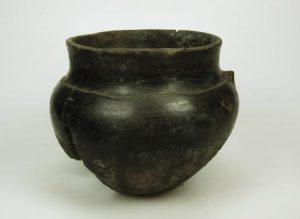 Inheems aardewerk uit de ijzertijd in Noord-Holland