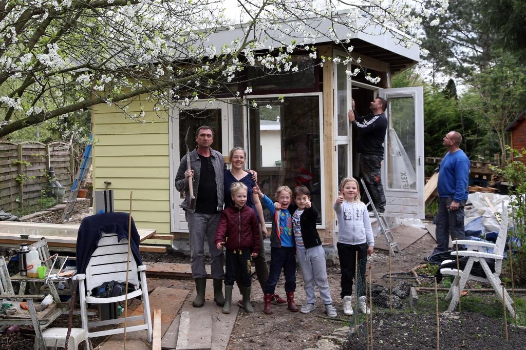 Familie, Tuinpark, Sloterdijk, Volkstuin, Volkstuintjes, Tuinieren, Tuin, Stadsarchief Amsterdam, Expositie