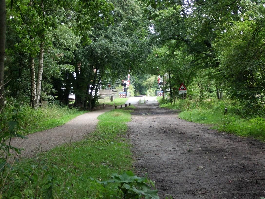 Spoorwegovergang bos Monnikenberg
