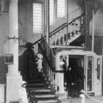 Drukte in de Kalverstraat: Historisch winkelen
