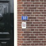 Spot de QR-bordjes van Oneindig Noord-Holland