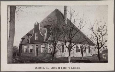 Stolpboerderij bij Blokker.