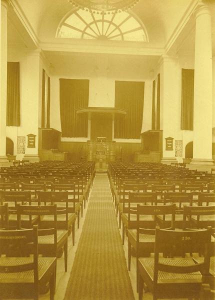 Interieur Doopsgezinde Kerk Haarlem, ca. 1925.