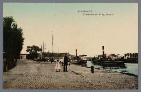 Tramplein in Purmerend met rechts het Noordhollands Kanaal.