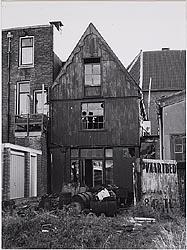 De achterzijde van Noorderkerkstraat 7