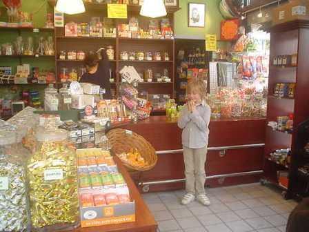 Oud Hollands snoepwinkeltje, Tweede Egelantiersdwarsstraat te Amsterdam, 2010