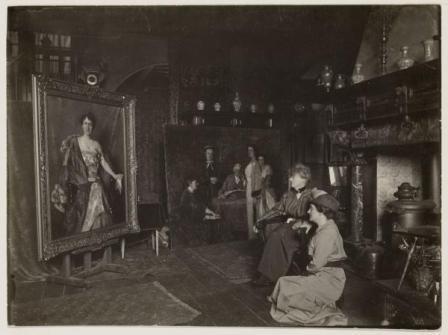 Thérèse Schwartze in haar atelier aan de Prinsengracht