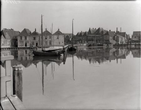Beeld van de taanplaats in Spaarndam, 1935.