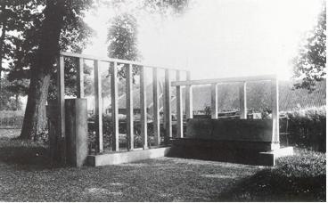 De originele bank van Mart Stam in het Whereplantsoen.