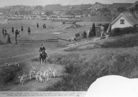 Concours hippique op het terrein van Fort Werk IV 1936.