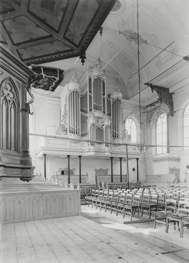 De 19e-eeuwse hervormde kerk van Nieuwe Niedorp.