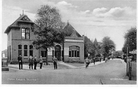 Ansichtkaart Station Hilversum van de Gooische Stoomtram.