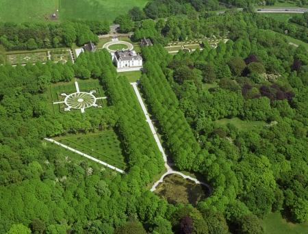 Luchtfoto van Beeckestijn.
