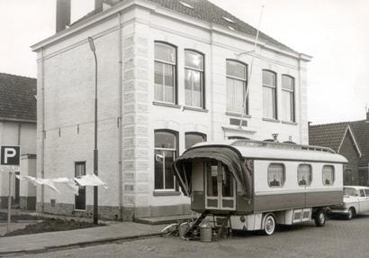 De foto die de journalist van de Alkmaarsche Courant maakte tijdens zijn bezoek aan Jaap en Marie.