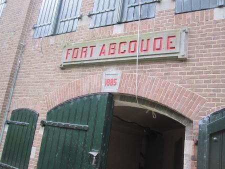 Ingang poterne Fort bij Abcoude