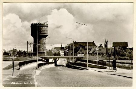 Alkmaarse watertoren aan Bergerweg in 1958