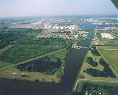 Luchtfoto van het Geuzenbos.