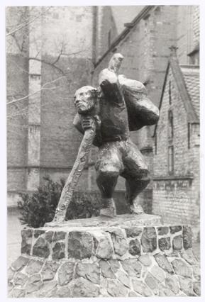 Het standbeeld van Van der Meij, 1988.