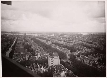 De grachtengordel vanuit de lucht gezien, circa 1938.