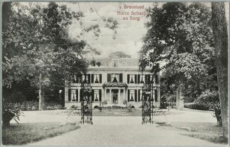 Huize Schaep en Burgh in 's-Graveland op een foto uit 1956