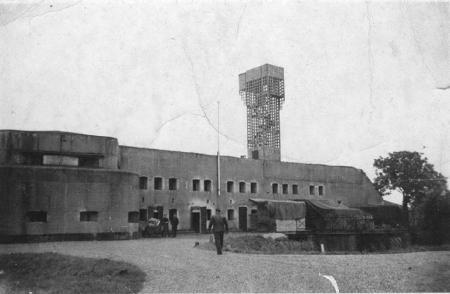 Uitkijktoren bij het fort.