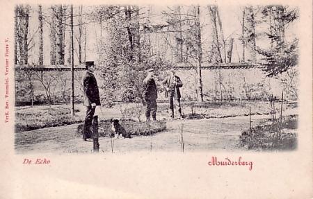 Een ansichtkaart van de Echomuur in Muiderberg