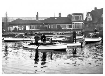 Bruynzeel Fabrieken te Zaandam in 1940-41.