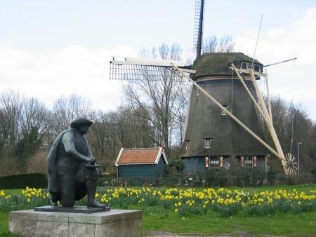 Rembrandt schetst bij Riekermolen