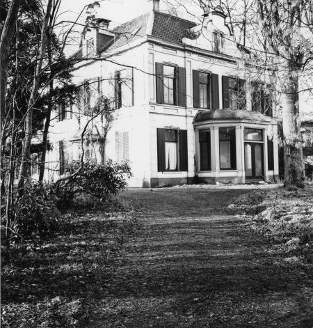 Villa De Limborg.