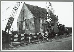 Het transport naar de Zaanse Schans op 13 december 1963