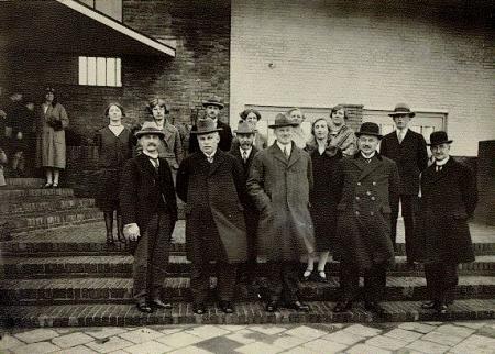Opening van de Multatulischool in 1929.