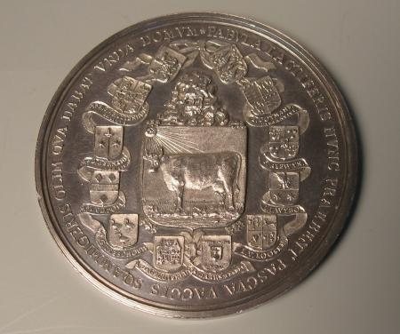 Voorzijde zilveren gedenkpenning Beemster 1612-1712. Diameter 6,1 cm.