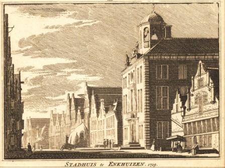 Het Stadhuis van Enkhuizen getekend door Cornelis Pronk rond 1729.
