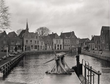 Sluizen in Spaarndam.