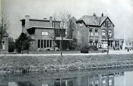 Twentsche Bank in Hoofddorp.