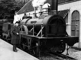Locomotief De Arend, een van oorsprong Engelse locomotief.