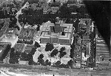 Luchtfoto hoofdgebouw I, II en III van de NS in Utrecht.