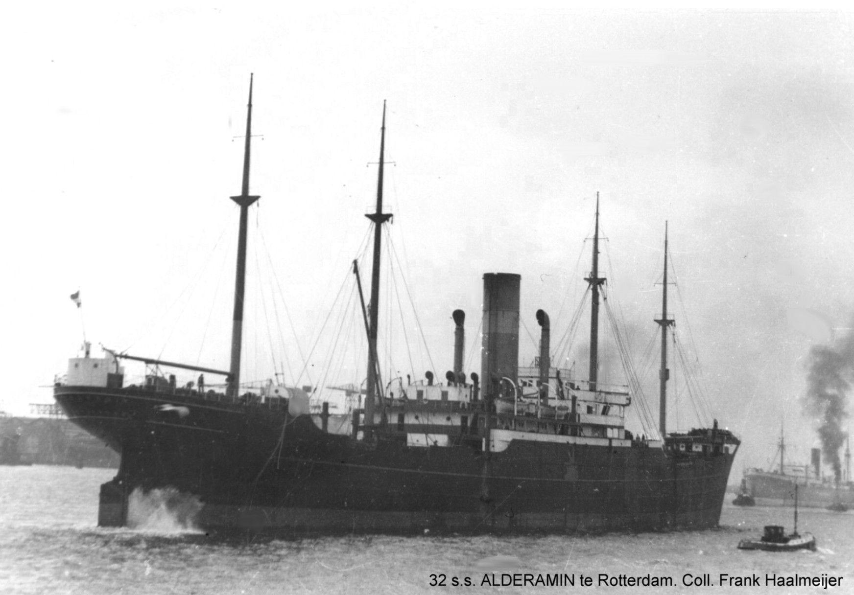 De Alderamin in de Waalhaven van Rotterdam.