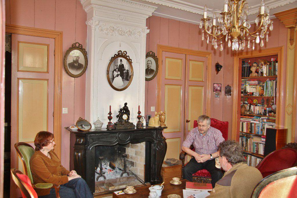 De woonkamer  van stolpboerderij Oudorp