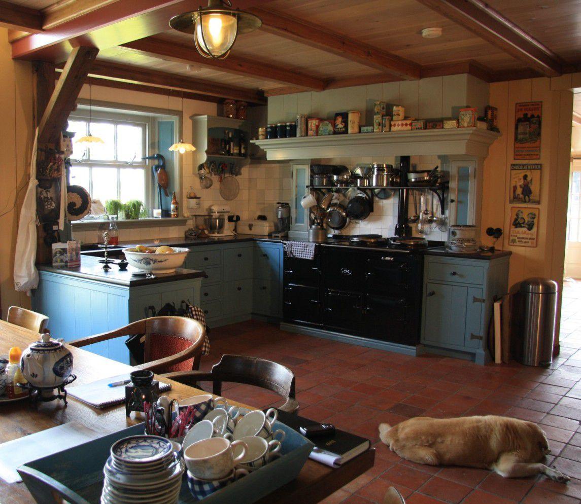 De sfeervolle woonkeuken in Waarland Foto Mart Groentjes