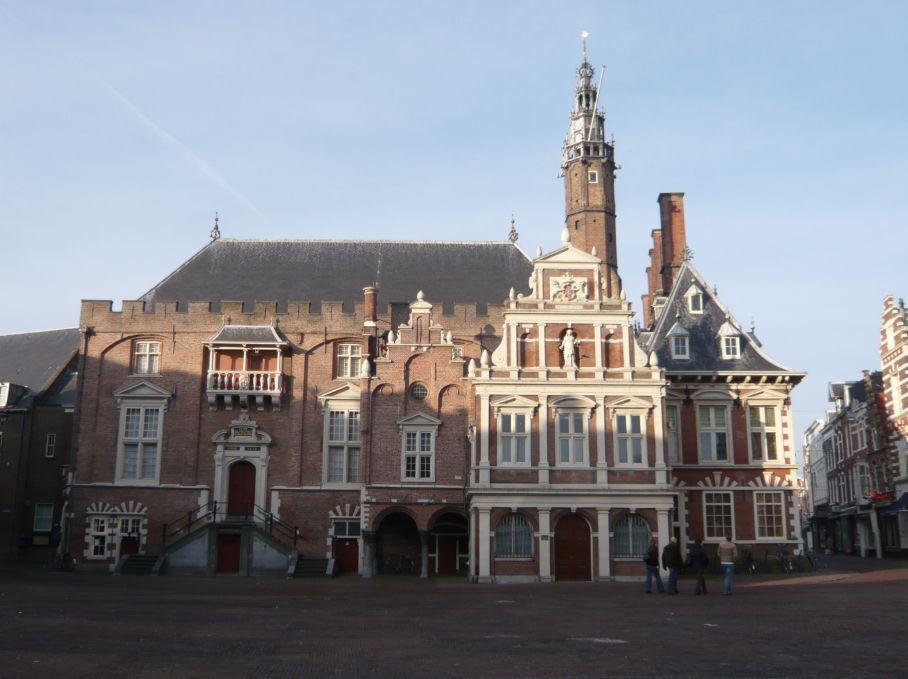 Stadhuis van Haarlem, Grote Markt