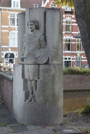 Granieten beeld van Frans Hals op de Houtbrug, Haarlem