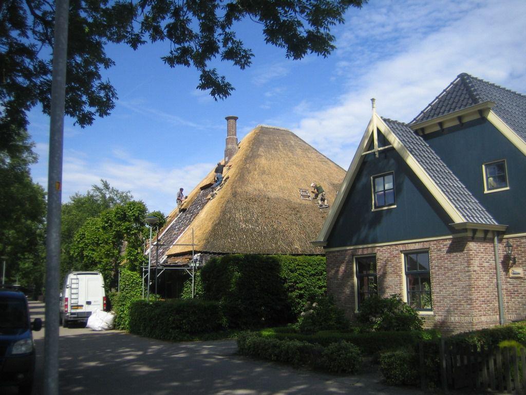 Rieten dak van Stolpboerderij in Venhuizen