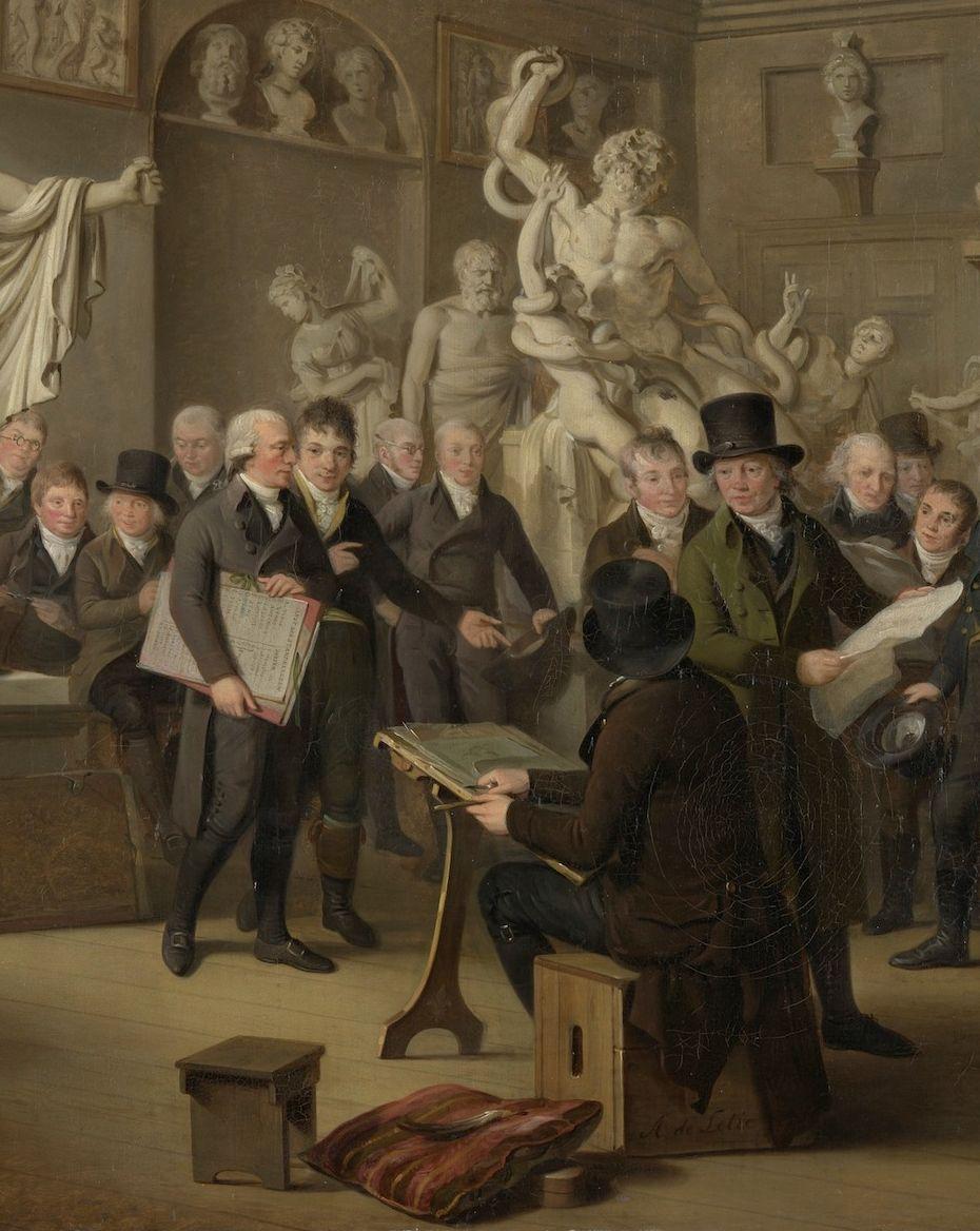 Cornelis Covens (1764-1825), in het midden, met lijst onder de arm, detail uit het olieverfschilderij De beeldenzaal van de Maatschappij Felix Meritis te Amsterdam door Adriaan de Lelie, 1809 (Rijksmuseum, Amsterdam).