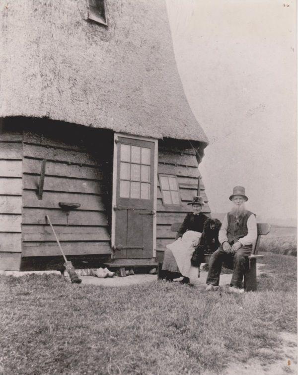 Historische foto van Pieter Plevier en zijn vrouw