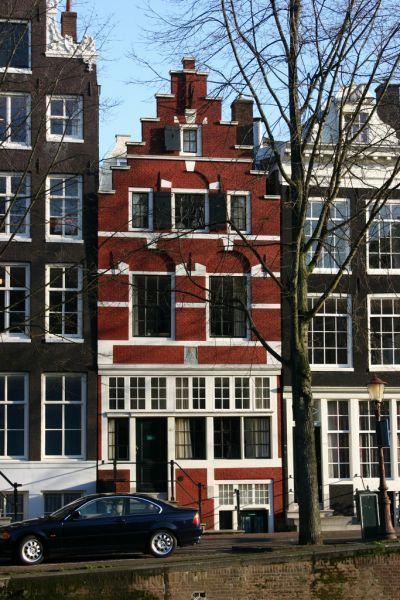 Gereconstrueerde trapgevel Herengracht 361